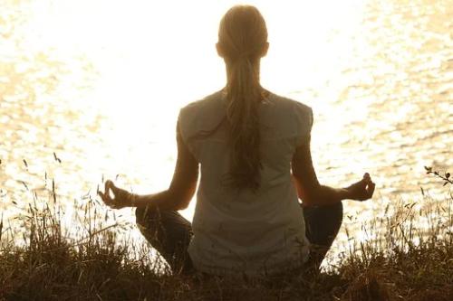 dlaczego powinniśmy medytować?