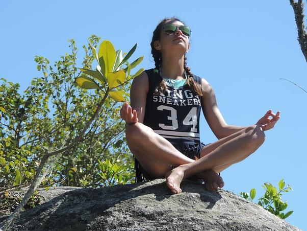 Jakie korzyści przynosi medytacja?