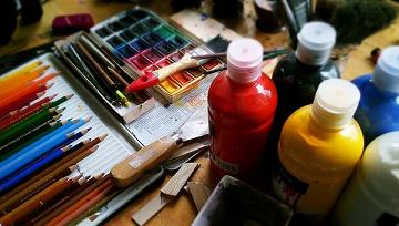 Jak pokonać blok artystyczny i stworzyć twórcze nawyki?
